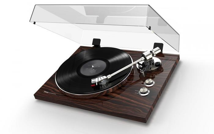 Why the Needle (Cartridge) Matters So Much in a Turntable